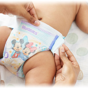 huggies diapers little movers double grip strips