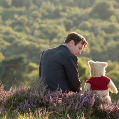 CHRISTOPHER ROBIN – Extended Look & Coloring Sheets