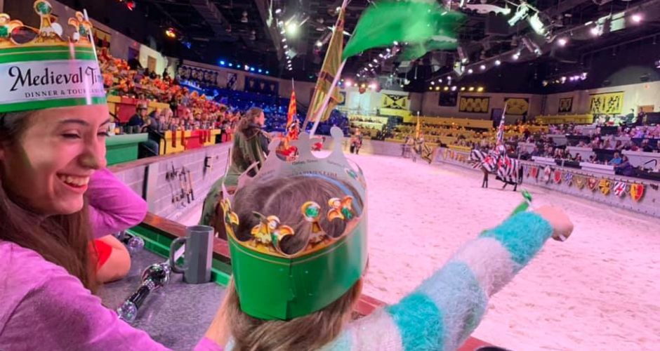 What To Expect at Medieval Times Dinner & Tournament!